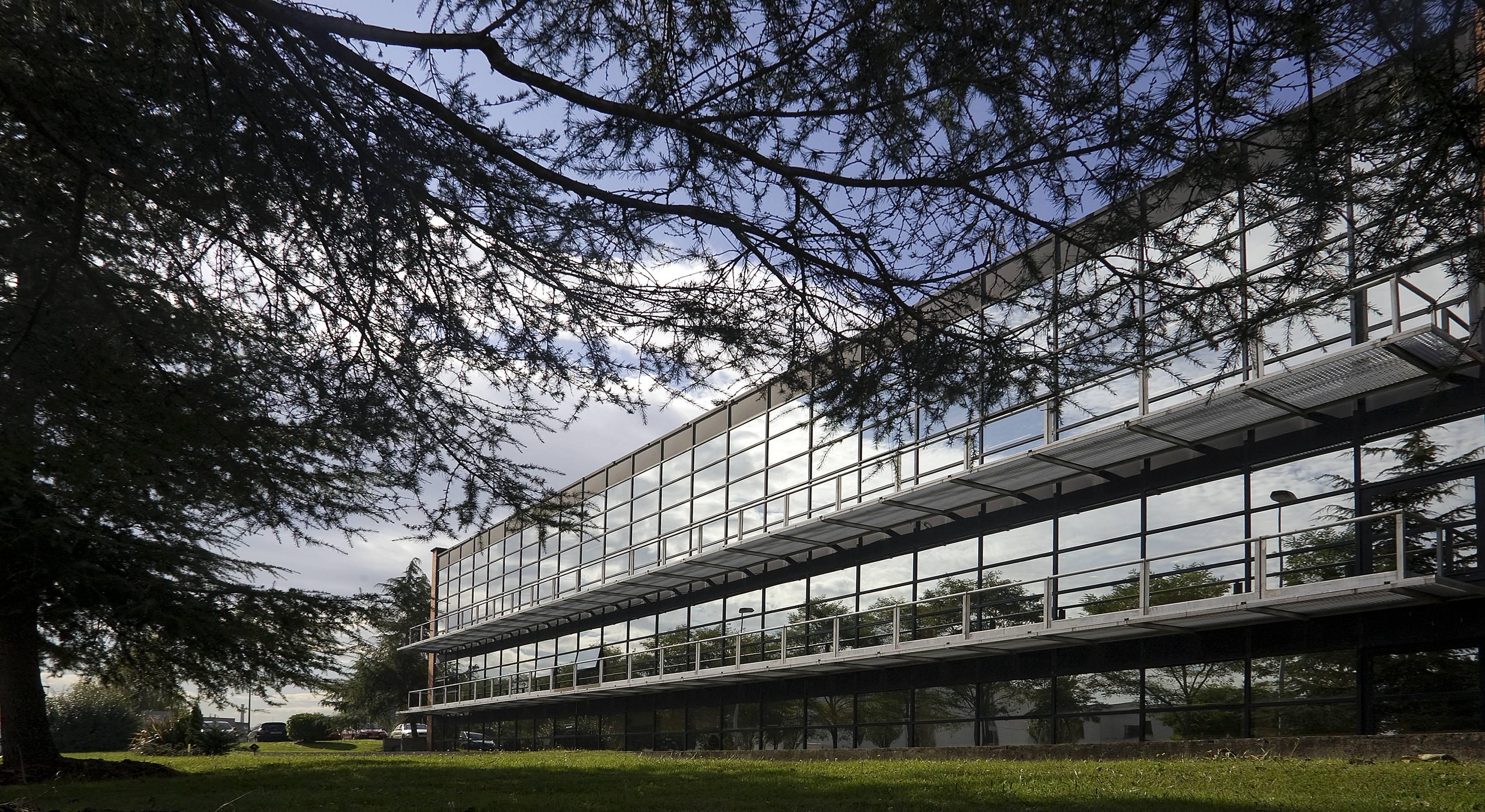 Edificio SRP exterior